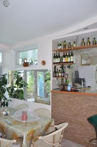 Villa Belaya Orhideya, Guest houses  Malorechenskoye - big - 4