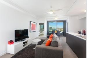 C1105B 2BR Fortitude Valley - Uptown Apartments