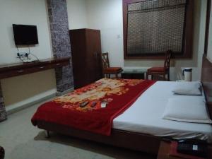 STARiHOTELS Bombay Hospital Road Indore