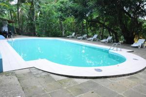 Field View Holiday Resort Hotel