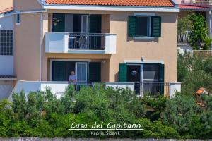 Apartment Casa del Capitano, Apartmány  Kaprije - big - 5