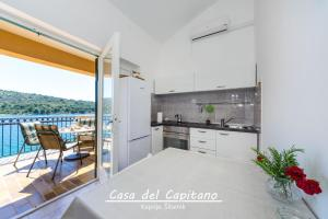 Apartment Casa del Capitano, Apartmány  Kaprije - big - 25