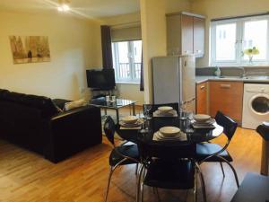 LS10 Serviced Apartments