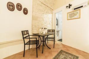 La Torre Storica, Отели типа «постель и завтрак»  Bitonto - big - 15