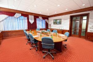 Бизнес-отель Нефтяник - фото 2