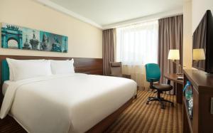 Отель Hampton by Hilton ExpoForum - фото 2