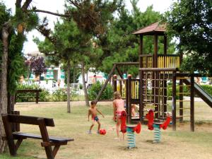 Villaggio Lido Del Sole, Aparthotels  Bibione - big - 37