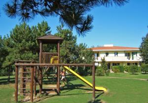 Villaggio Lido Del Sole, Aparthotels  Bibione - big - 36