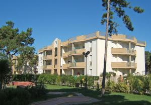 Villaggio Lido Del Sole, Aparthotels  Bibione - big - 17