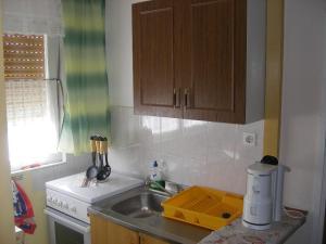 Apartment Slaven IR7669, Ferienwohnungen  Banjol - big - 5