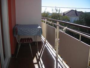 Apartment Slaven IR7669, Ferienwohnungen  Banjol - big - 10