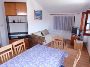 Apartment Ines 2 IR3006, Apartmány  Rab - big - 9