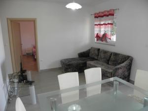 Apartment Slavica 1 IR7710, Apartmanok  Banjol - big - 5