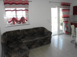 Apartment Slavica 1 IR7710, Appartamenti  Banjol - big - 16
