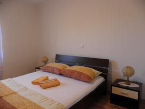 Apartment Slavica 1 IR7710, Appartamenti  Banjol - big - 8