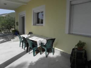 Apartment Slavica 1 IR7710, Appartamenti  Banjol - big - 11