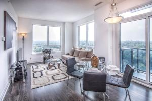 obrázek - World on Yonge - Furnished Apartments