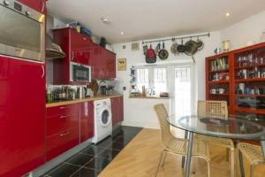Euston Square Two Bed Apartment