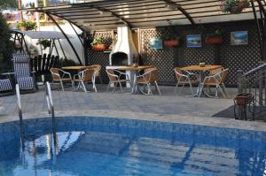 Мини Отель Морской Бриз (Mini Hotel Morskoy Briz)
