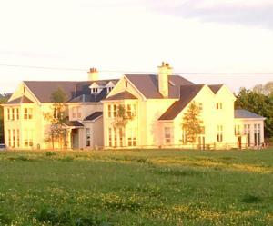 Rossmanagher House