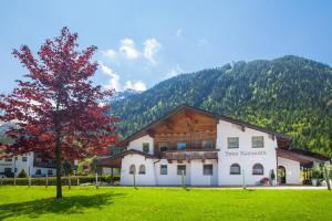 Haus Romantik - Apartment - Pertisau am Achensee