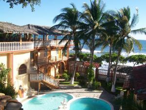 Hotel Torola Bay View