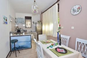 Apartment Nevera