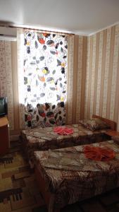 Guest House GorodOk, Bed and breakfasts  Chornomorskoe - big - 82