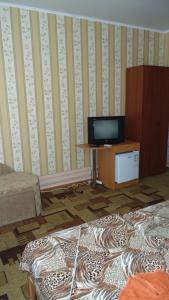 Guest House GorodOk, Bed and breakfasts  Chornomorskoe - big - 86