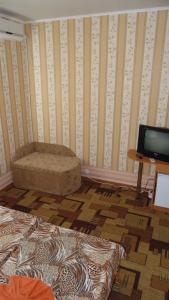 Guest House GorodOk, Bed and breakfasts  Chornomorskoe - big - 73