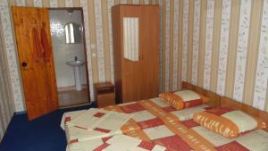 Guest House GorodOk, Bed and breakfasts  Chornomorskoe - big - 52