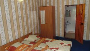 Guest House GorodOk, Bed and breakfasts  Chornomorskoe - big - 69