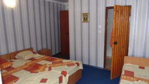 Guest House GorodOk, Bed and breakfasts  Chornomorskoe - big - 88