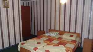 Guest House GorodOk, Bed and breakfasts  Chornomorskoe - big - 80