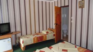 Guest House GorodOk, Bed and breakfasts  Chornomorskoe - big - 78