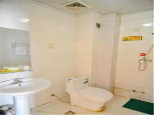 Kelinning Hotel Qingdao East Jialingjiang Road, Отели  Huangdao - big - 3