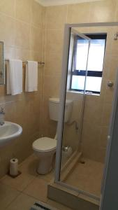 Bunkers Self Catering, Apartmány  East London - big - 17