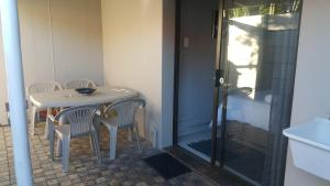 Bunkers Self Catering, Apartmány  East London - big - 19