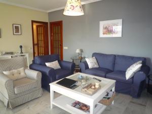 Villa service Casa Nirvino, Case vacanze  Calafell - big - 12