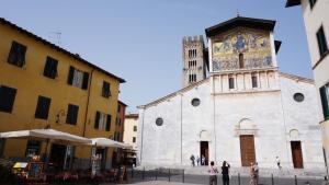 Appartamento La Torre di S.Frediano, Apartmanok  Lucca - big - 21