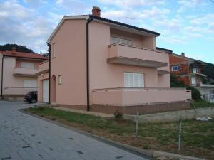 Apartments Pahljina 3136