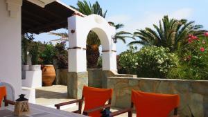 Marilu's Garden House, Апартаменты  Панормос-Миконос - big - 8