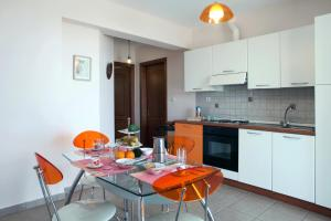 Orizzonte Apartments Lefkada, Apartments  Lefkada Town - big - 14