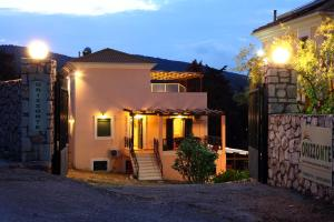 Orizzonte Apartments Lefkada, Apartments  Lefkada Town - big - 16