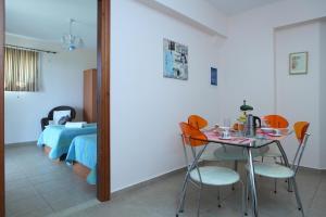 Orizzonte Apartments Lefkada, Apartments  Lefkada Town - big - 24
