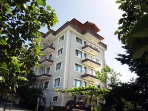 Zenofon Apartment Boztepe