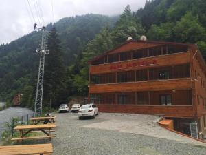 Cam Hotel & Restaurant 2