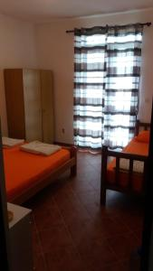 Apartments Milan, Affittacamere  Herceg-Novi - big - 26