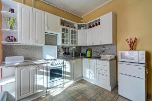Longo Apartment Nevskiy 112