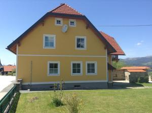 Ferienwohnungen Grün, Apartmány  Preitenegg - big - 12